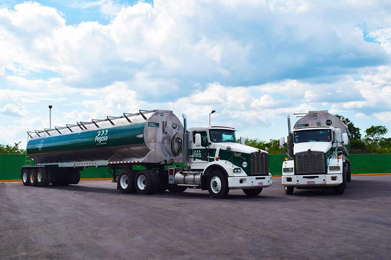 Tolvas para transporte de carga en México